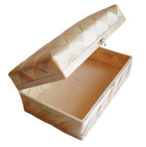 Drewniany kuferek wykonana z łyka