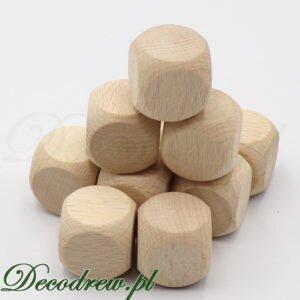 Produkcja elementów drewnianych do gier planszowych. Drewniane kostki - Wood dice