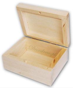 Drewniana skrzyneczka do ozdabiania decoupage.
