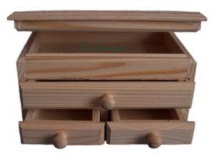 Drewniane pudełko szkatułka