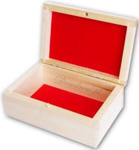 Drewniana szkatułka z wykończeniem materiał flok