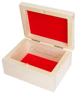 Pudełko wyścielane flok materiał czerwony.