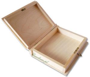 Drewniana książka